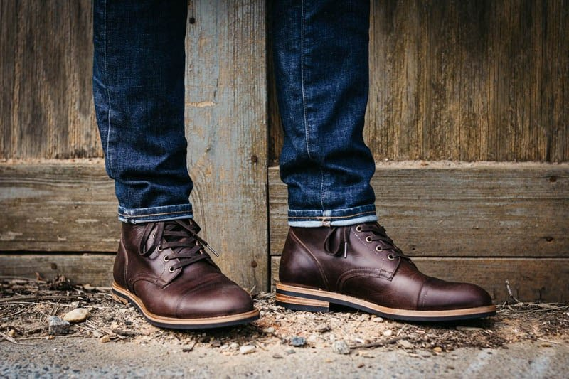 Oliver Cabell sb 1 service boots against wooden wall
