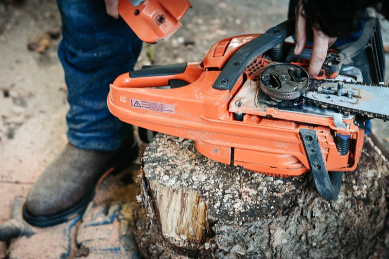 changing chainsaw blade wearing ariat workhog