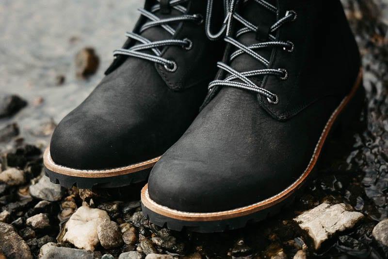 Kodiak Boots black leather waterproof upper magog