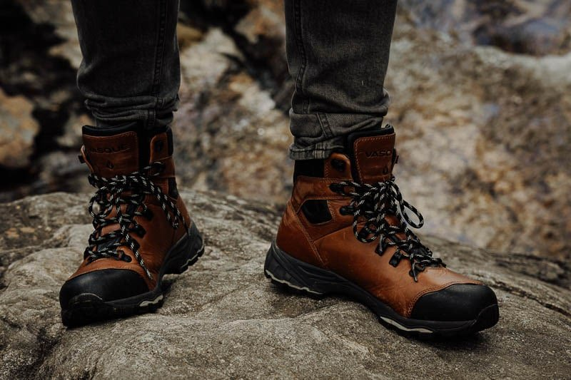 Vasque St Elias Hiking Boot front view
