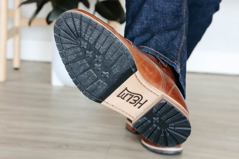 Helm Boots mini lug sole traction
