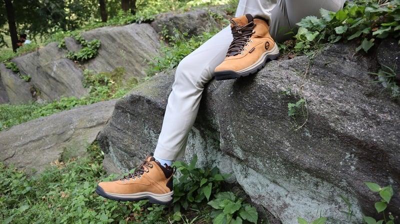 Timberland White Ledges model on rock 3